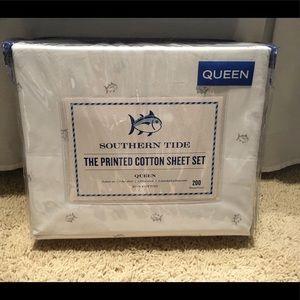 Southern Tide Queen Tossed Skipjack Sheet Set